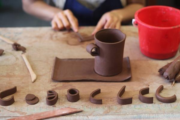 咖啡杯及碟子班