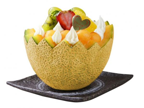 PETITE MERVEILLE 引入夏日限定鮮果蛋糕 大大個蜜瓜盛盒勁吸睛!