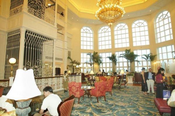 酒店大堂裝潢華麗。