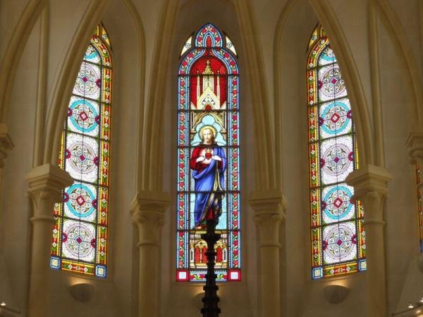聖約翰座堂神聖莊嚴。