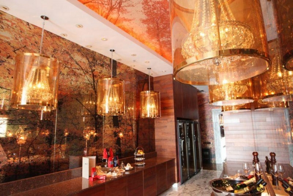 酒店內的 Santa Lucia 餐廳。