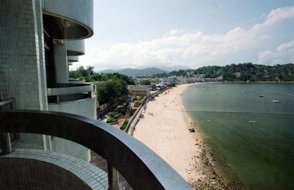 住擁海景的酒店房間。