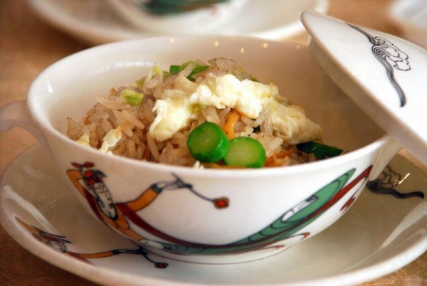 瑤柱蛋白蟹肉炒飯。