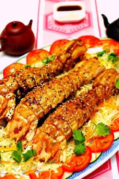 麻香燒汁瀨尿蝦,香口帶甜。
