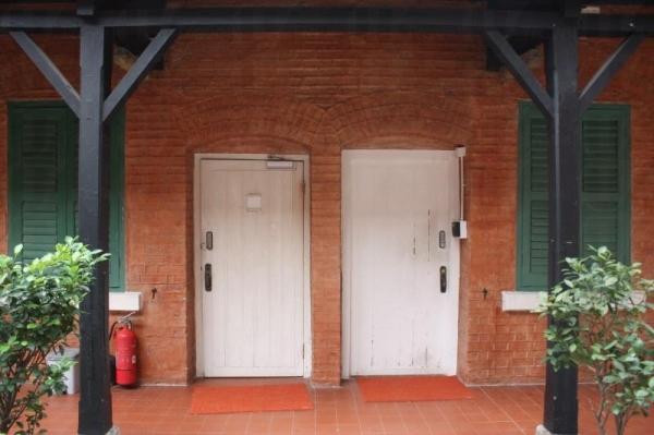 當年的校舍一角已為儲物室。