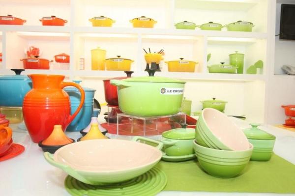 Le Creuset 是法國人常用的廚具,主要用在炆和燉的菜式。