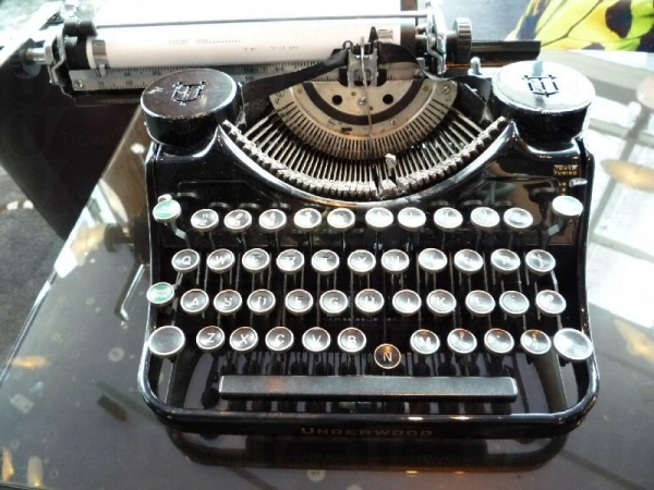 古董打字機給這裡增添了點文化氣息。(相片來源:Clara Lee)