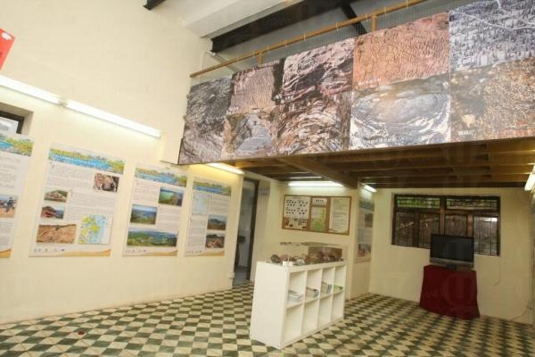 中心內有不同展板令你對香港的地質公園有深入了解。