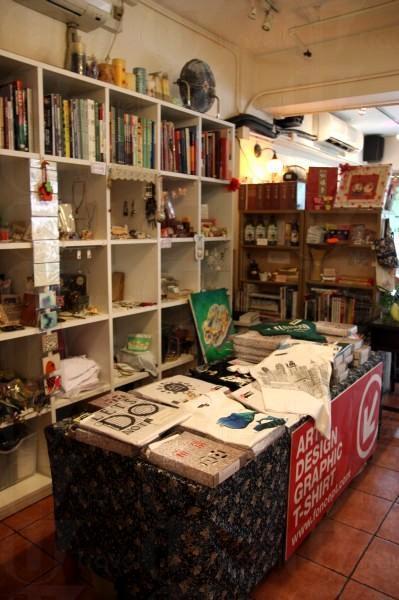 書店寄賣了不少手作的作品,創意滿分是也!