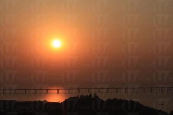 簡簡單單一處後山,依然有浪漫醉人的日落。