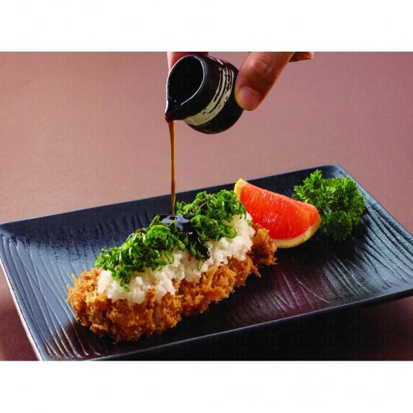 其他招牌菜如這個葱花蘿蔔蓉炸豬柳套餐。