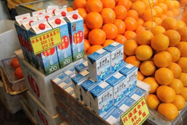店舖內的食品多數由日本引入,保證高質素。