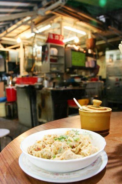 菜肉雲吞是陳泗記的經典名菜,屬必點菜式。
