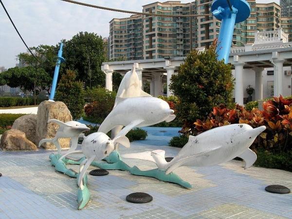 中華白海豚雕塑。