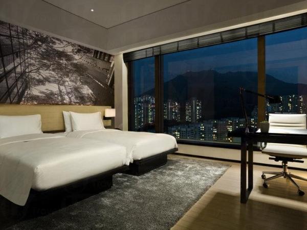 東隅酒店 East Hong Kong