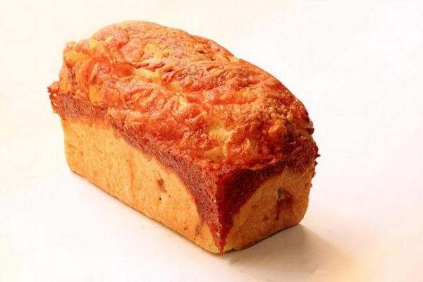 パン (胖) 達人手感烘培  披薩洋蔥吐司