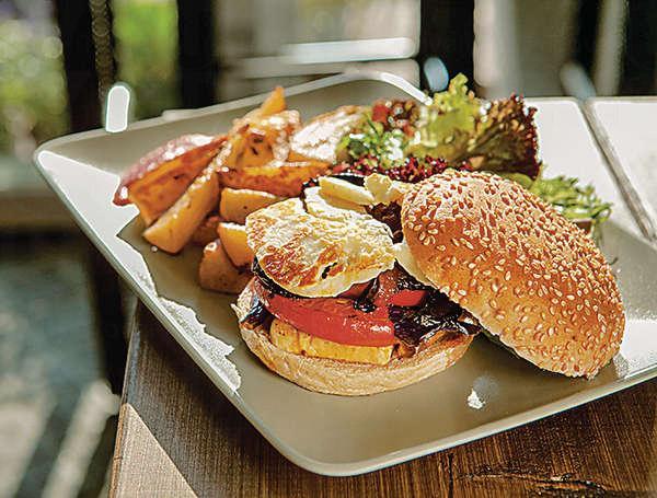素漢堡包餐 $73