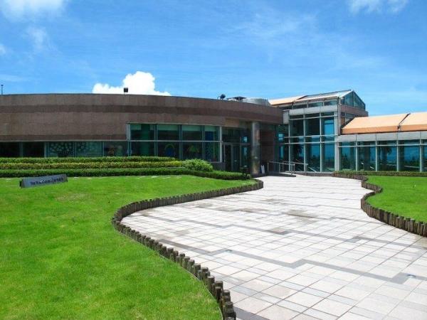 3樓的Green Terrace觀景台,免費開放,亦會不定期舉辦藝術、文化等活動。