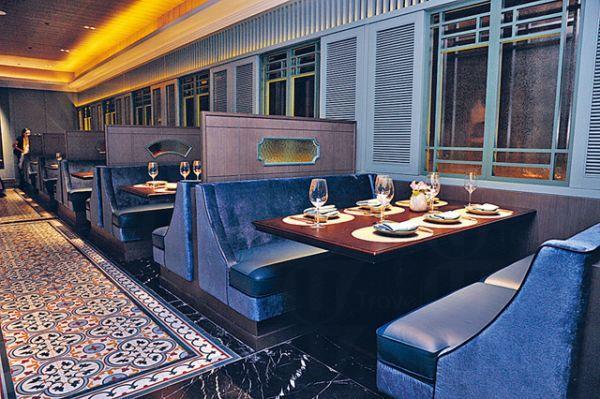 安南越南餐廳裝潢華麗,懷舊中見貴氣,與坊間的越南餐館大為不同。