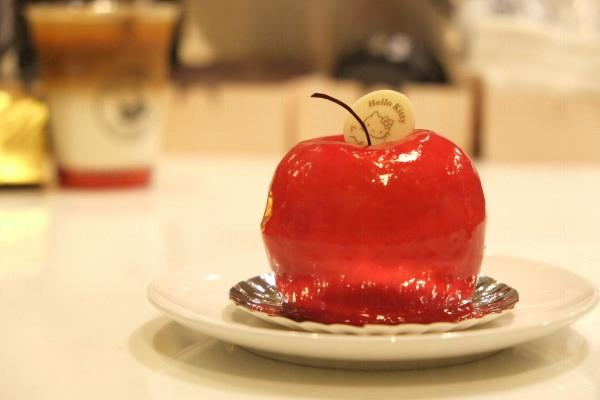 鎮店蛋糕:3D Red Apple Cheese Cake ($48)
