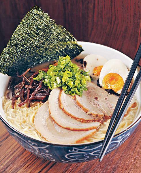 【叉燒拉麵 $68(小)、$78(大)】麵條較幼身,叉燒用的是佐賀黑豚肉,入口鬆化。