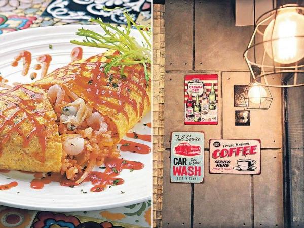 【西西里蛋包海鮮炒飯 $39(下午茶餐)】薄薄的蛋皮包着炒過的海鮮飯,有粒粒蝦肉及魷魚等配料。 / 懷舊的飾物由老闆回內地搜尋,這種風格已成為現今Cafe的大潮流。