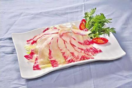 爽口牛胸油($58):本地新鮮的手切牛胸油,看似好肥膩,食落卻像軟骨般爽脆,好特別!