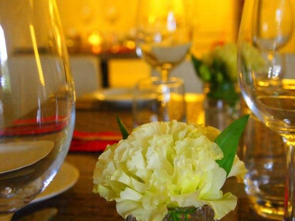 餐廳環境開揚舒適,和其主打的法國家鄉菜一樣充滿田園風味