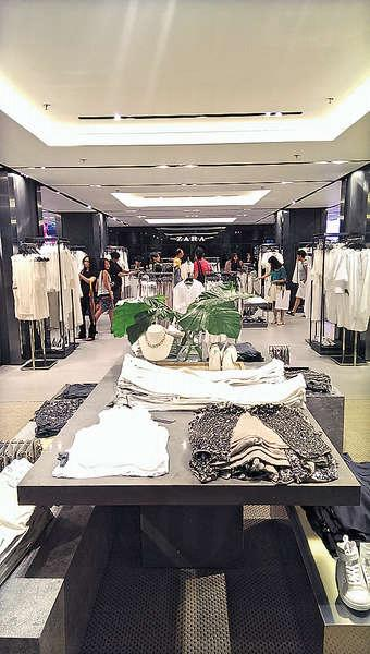 Zara 香港旗艦店樓高 6 層,佔地達 55,000 平方呎,是亞洲區內最大的分店