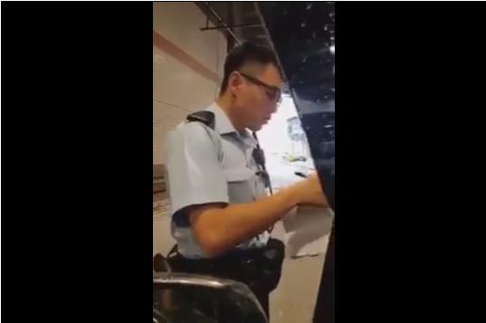 不忿抄牌罵警片段瘋傳 爆seed夫婦登道歉啟示
