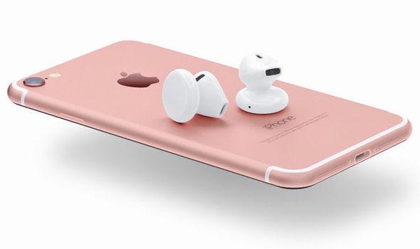 舊耳筒唔用得?新iPhone傳跟機配Lighting線、無線耳機