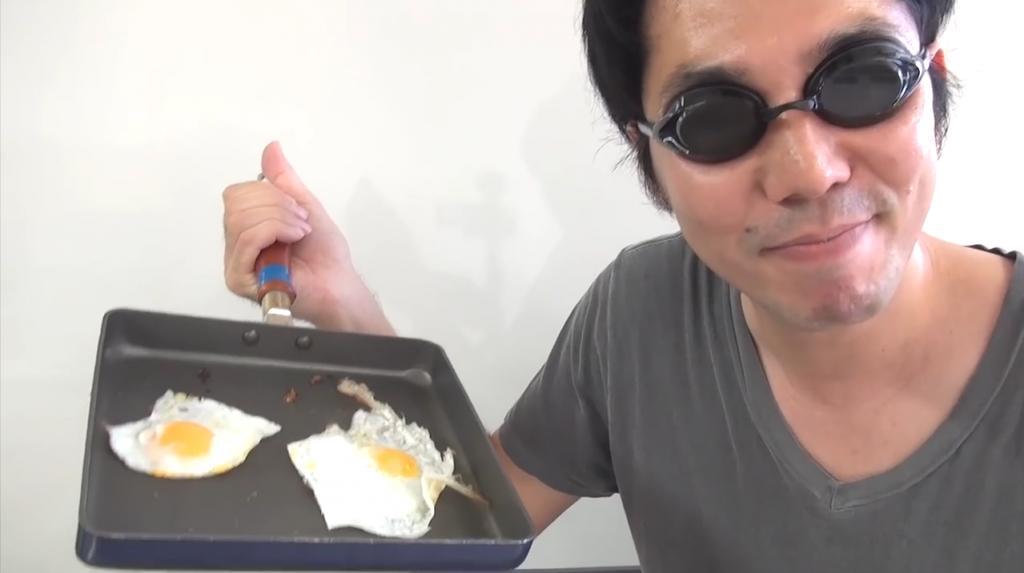 蛋分身?! 日本達人教你1隻蛋煎出2隻完美太陽蛋