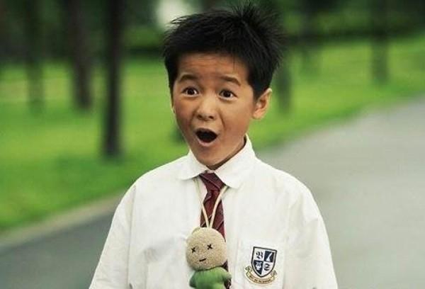 長江七號小男生長大了!19歲徐嬌現身活動 網友:成熟到認不出來