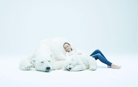 放屋企超治療!令你有100%安全感的巨型北極熊攬枕(附價錢)