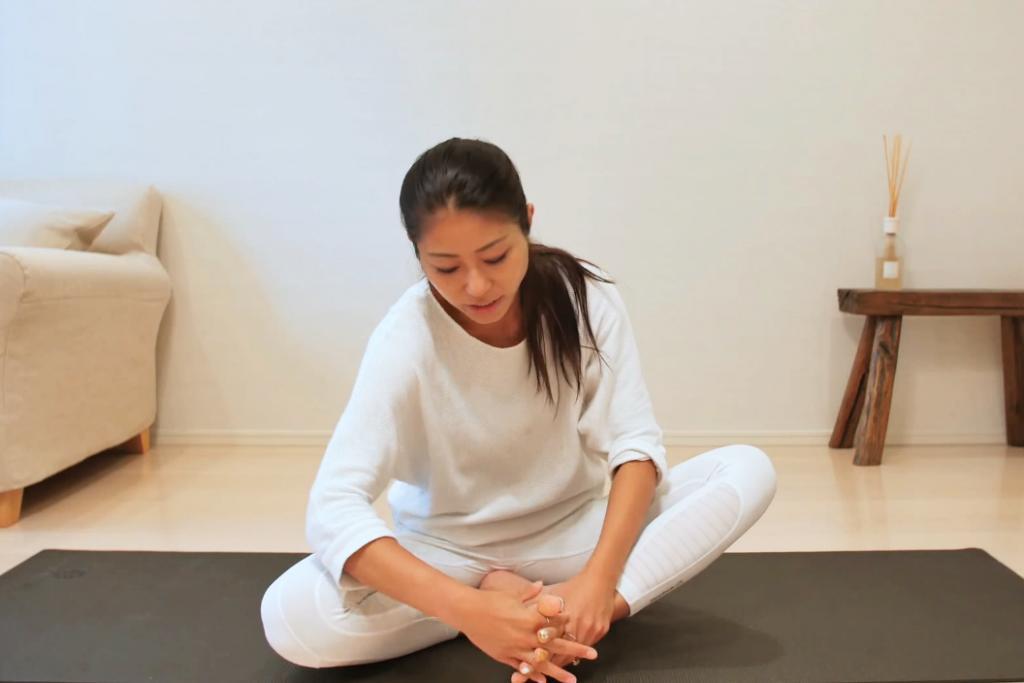 瘦唔到腿因為無做呢一步?日本達人教你5分鐘美腿