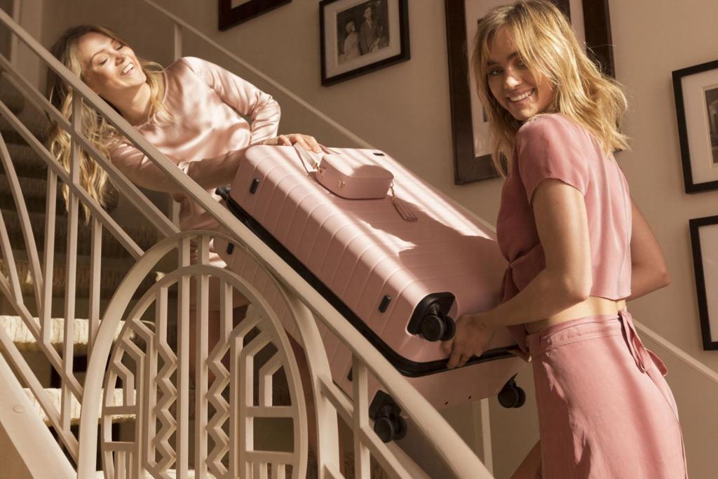 IG吵翻天!激起購買慾的粉色行李箱