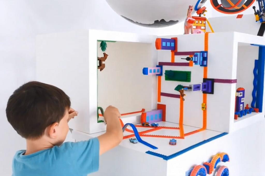 反地心吸力砌LEGO 任貼任剪積木膠貼