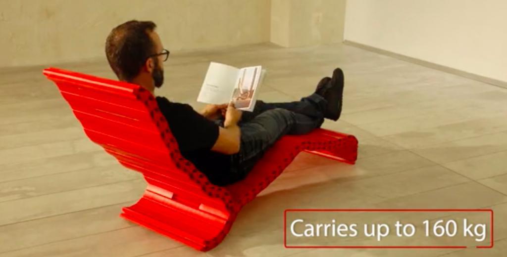 好似玩巨型Lego!長條隨意組裝個人化椅子