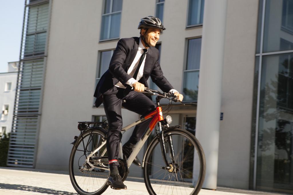 搭車返工較易患癌?英國研究發現踩單車返工更長命