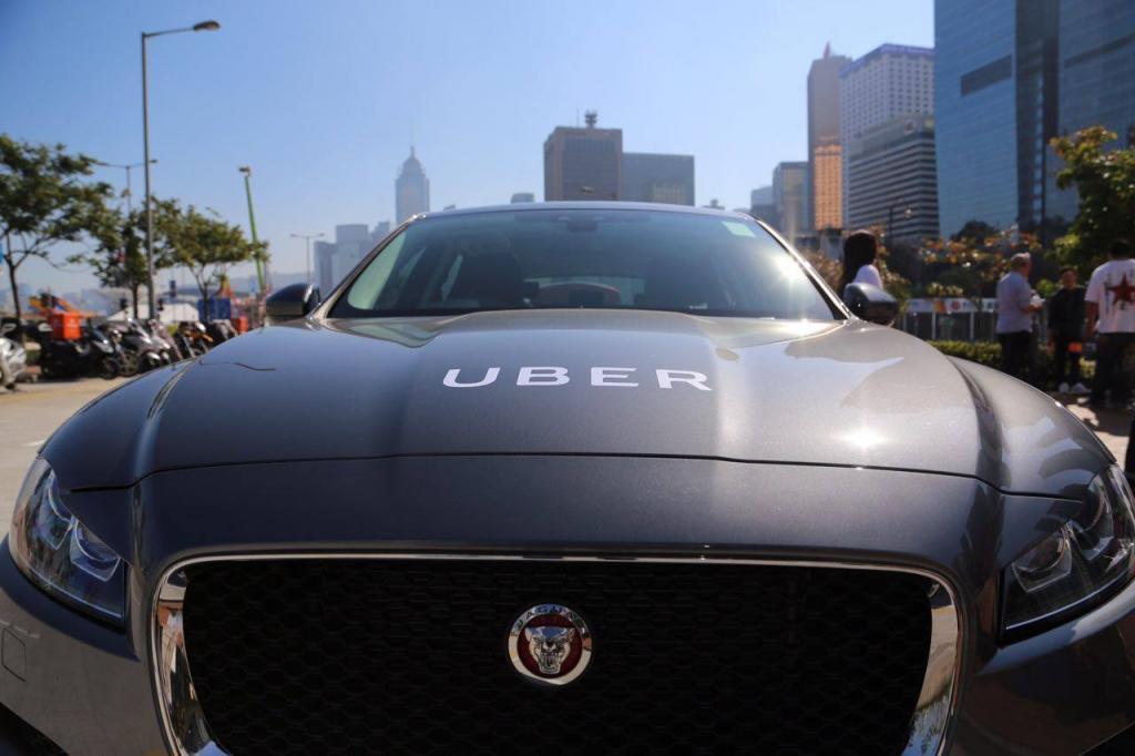 畢明稱Uber拒載 直指「貼錢再硬食」!司機回應另一版本