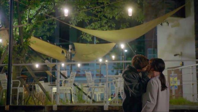 韓劇《三流人生》重大突破 「今天接吻了就算作第一天」