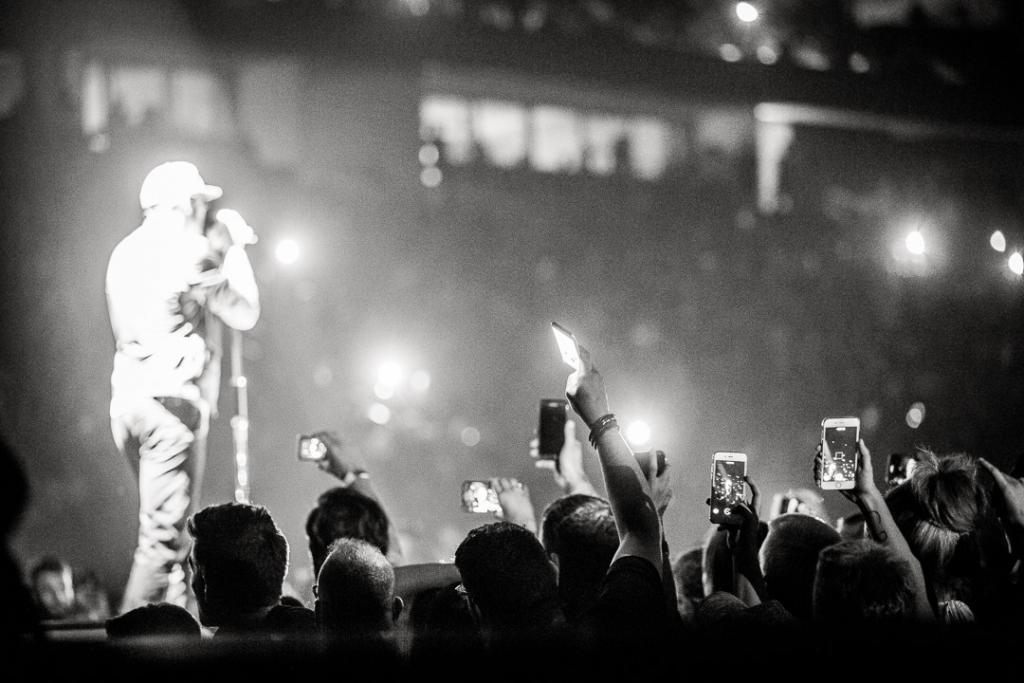 美國搖滾樂團Linkin Park主音Chester Bennington去世