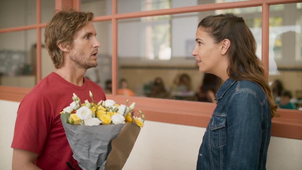 法國喜劇《兄弟,嫁給我好嗎》同老友假結婚呃簽證
