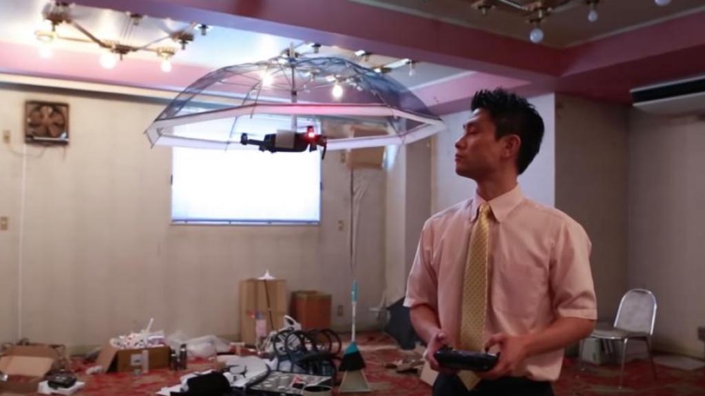 日公司研發免手持無人機雨傘 網民:現實版血滴子!