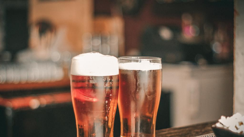 今日原來係啤酒日!飲酒都有好處 研究:愛飲酒的女人智商較高