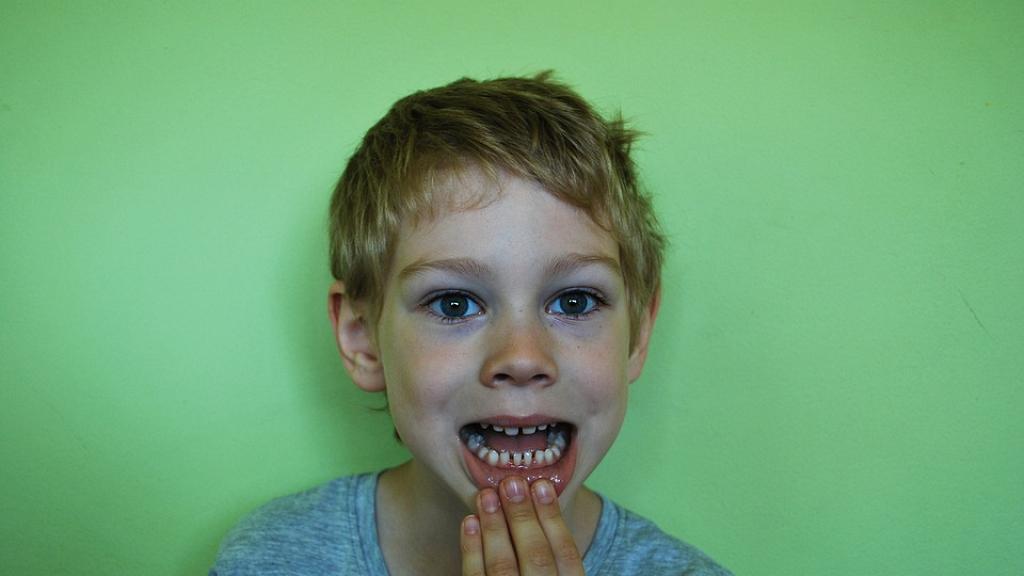 專家建議儲起小朋友乳齒!研究:內含幹細胞 未來或可治癌/預防心臟病