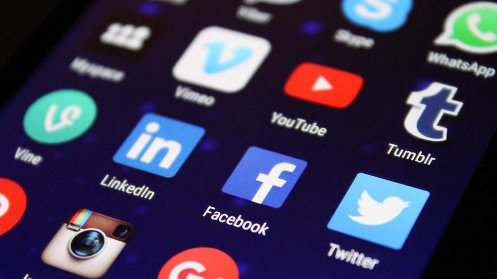 Facebook再有個人資料外洩!超過4.19億用戶電話洩露