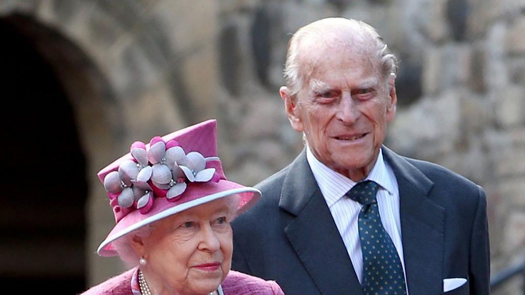 無懼皇室反對與菲臘親王相愛72年 英女王感激丈夫支持靠寬容維持長久婚姻