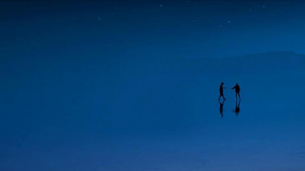 PANTONE公布2020年度代表色!簡約中流露優雅的「經典藍」為心靈帶來寧靜