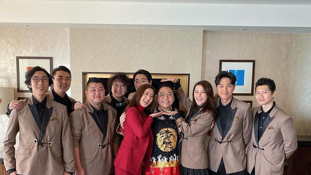 C君黃天頤結婚出門酒店房勁豪華 黃翠如做兄弟唐詩詠做大妗姐超搶鏡